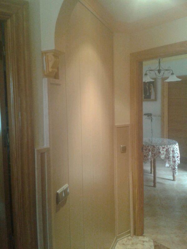 Revestimiento friso de pared en pvc viva parquet for Revestimiento de pvc para paredes precios