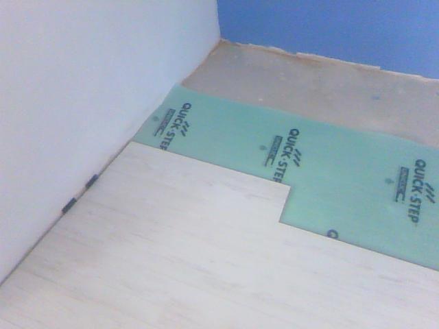 Proceso de instalación de Quick Step Eligna con Base aislante Uniclic Underlay 3 mm