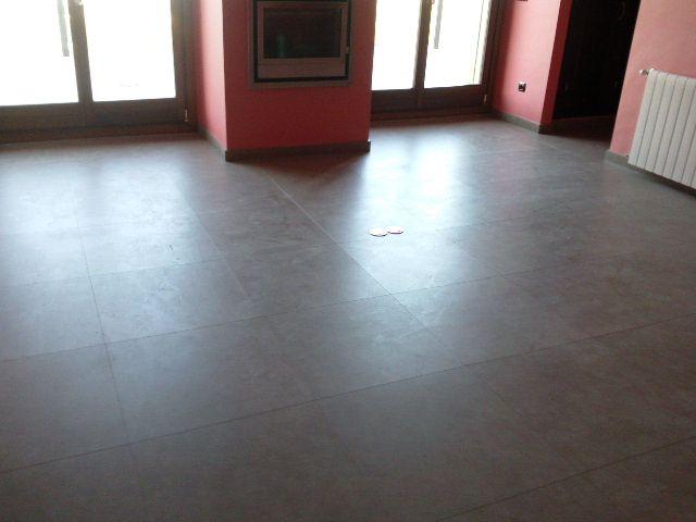 Instalación Parquet Quick-Step Arte Baldosas Cuero Claro UF-1401 por Viva Parquet