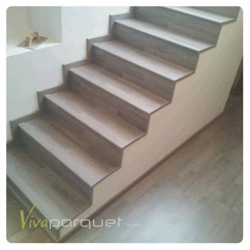 Escalera con tarima flotante viva parquet - Escaleras forradas de madera ...
