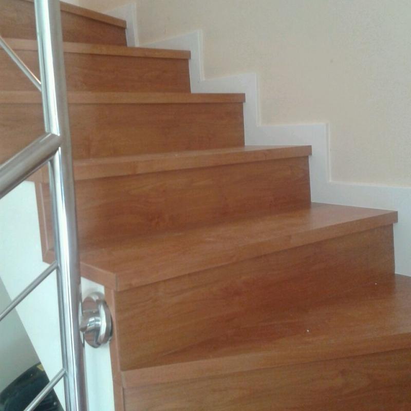 Escalón Mecanizado Peldaño Escalera