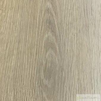 ESSENZ VINYL RIGID CLIC 30 Producto Desert Rustic Oak 3538