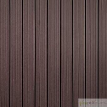 TARIMA COMPOSITE Producto Loseta Composite Rastrelada Chocolate Exterior WPC 900x900x50