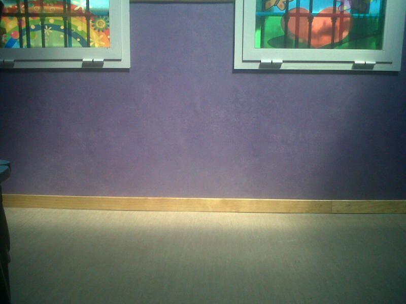 Otra imagen del suelo de vinilo instalado por Viva Parquet